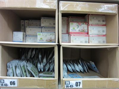 在庫の棚管理の様子です