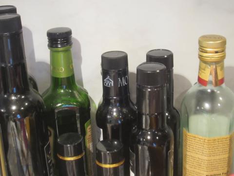 olive+bottles_convert_20150315154339